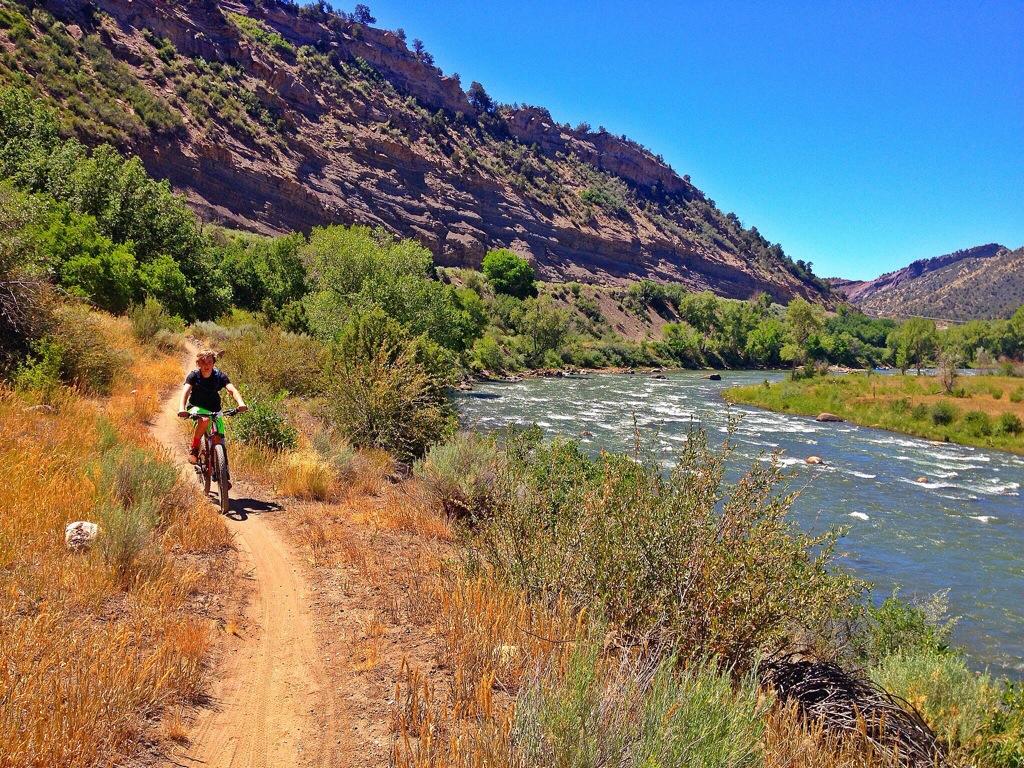 Riding Singletrack Home along the Animas River